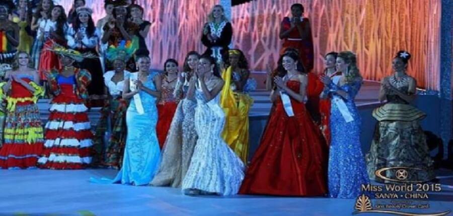 Maria Harfanti Juara III Kontes Kecantikan Miss World 2015
