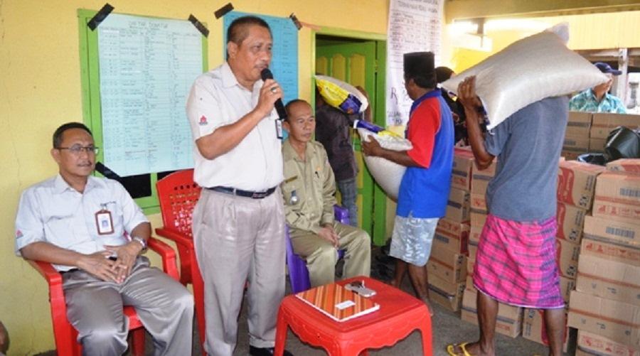 PT Semen Tonasa Salurkan Bantuan ke 66 KK Korban Puting Beliung