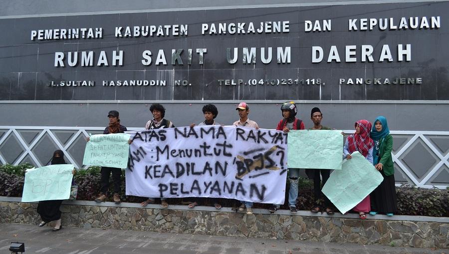 Pelayanan Buruk, Mahasiswa Demo Tuntut Dirut RSDU Pangkep Mundur