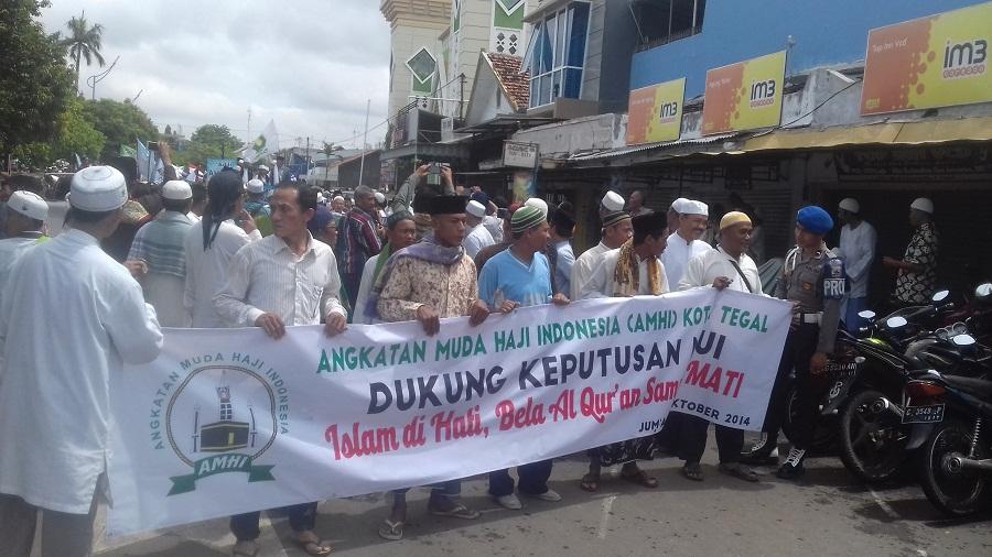Demo anti Ahok, Ribuan Umat Islam Long March