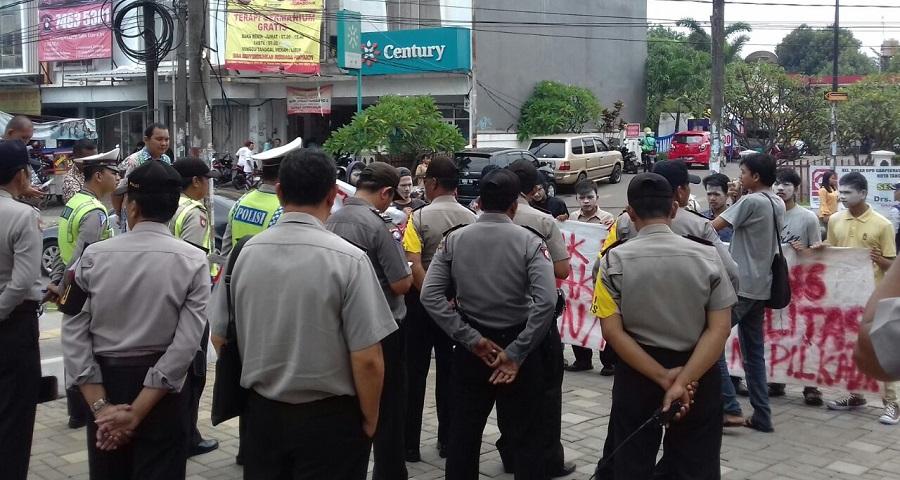 HMB Banten menuding walikota Tangerang Selatan memanfaatkan jabatan