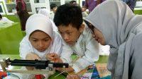 Guru Praktik Mengajar Integrasikan Literasi dalam Pembelajaran