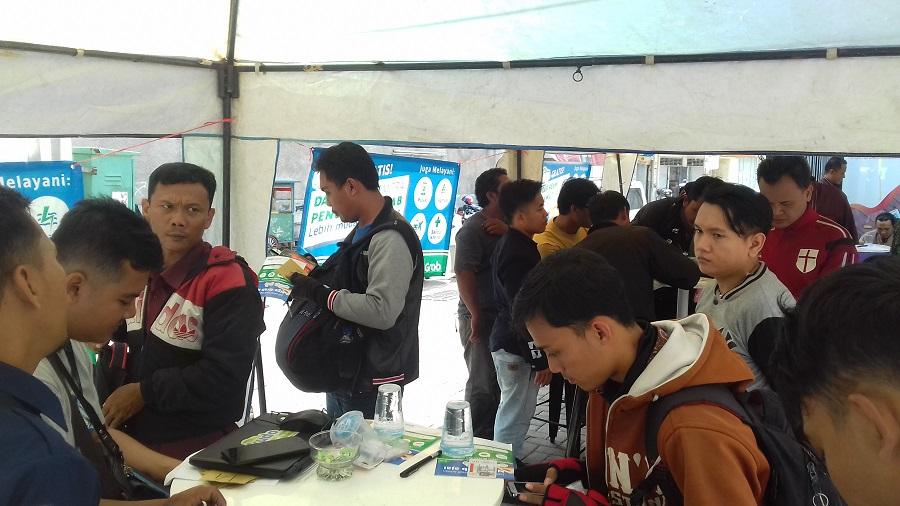 Grab Sambangi Tegal, Ratusan Orang Ikut Mendaftar