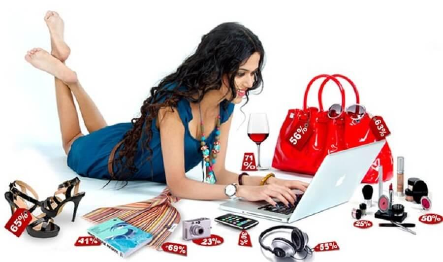 4 Hal Yang Membuat Orang Lebih Senang Belanja Online