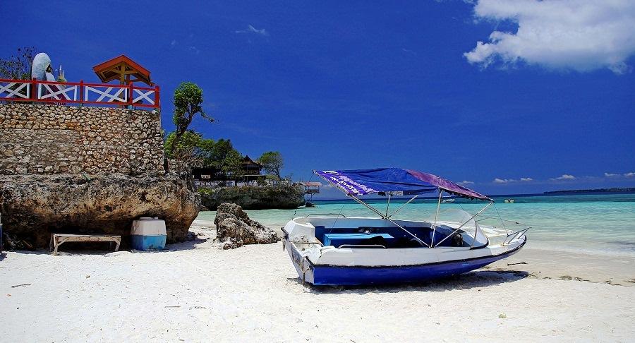 Berakhir Pekan di Tanjung Bira Bulukumba, Dijamin Seru