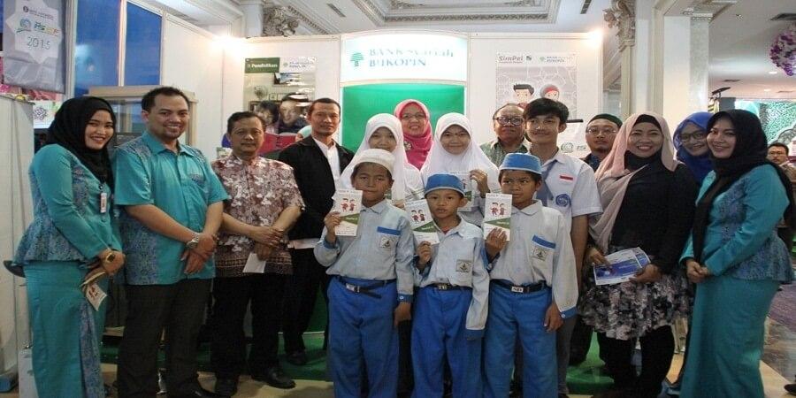 PT Bank Syariah Bukopin Pacu Simpanan Pelajar