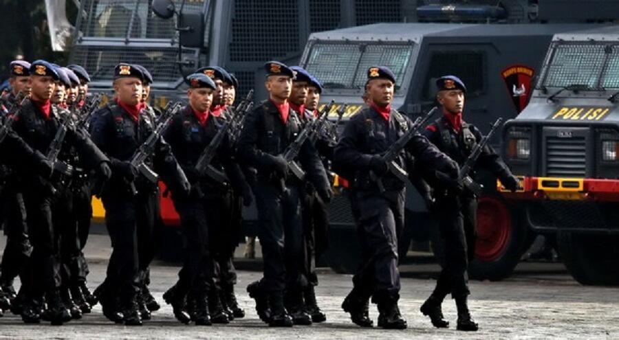 Polri Terjunkan 80 ribu Personel Amankan Natal & Tahun Baru
