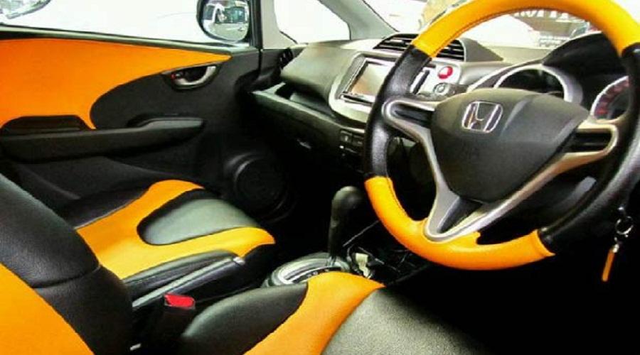 Tips Merombak Interior Mobil dengan Teliti