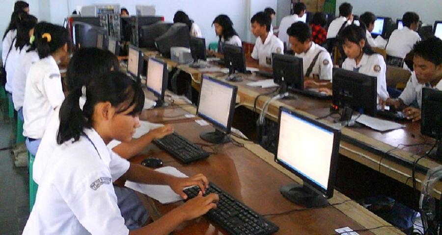 Kementerian Akan Salurkan Bantuan Pada Sekolah Pelaksana UN Berbasis CBT