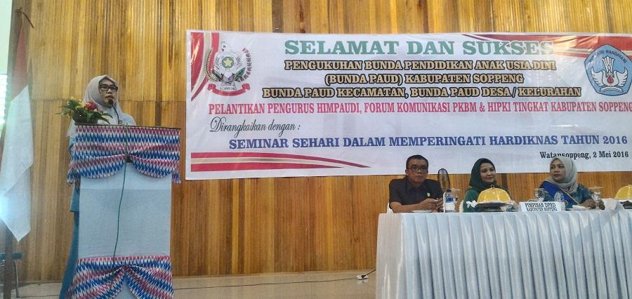 Peringati Hari Pendidikan Nasional, Majdah Lantik Pengurus HIMPAUDI Soppeng