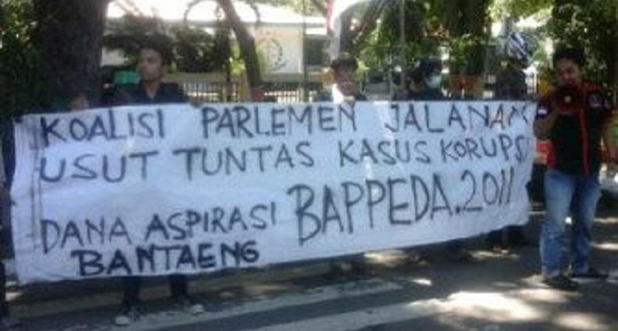Gabungan Mahasiswa Bantaeng Gelar Demo terkait Kasus Korupsi Bappeda