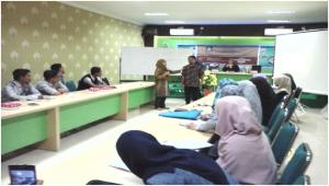 Mahasiswa Dakwah Universitas Muslim Indonesia dilatih jadi MC