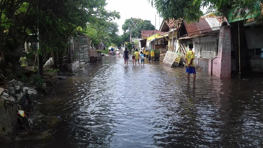 Curah Hujan tinggi, Banjir Rendam Ratusan Rumah di Tegal