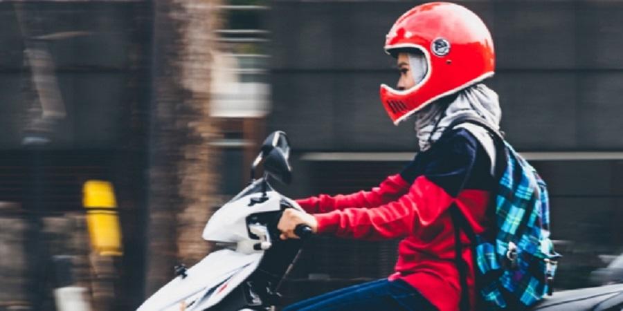 6 Tips aman berkendara Motor roda dua