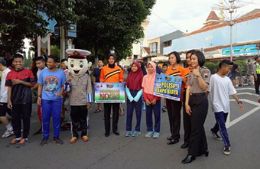Polres Tegal Kota Gelar Aksi Simpatik Clear and Clean