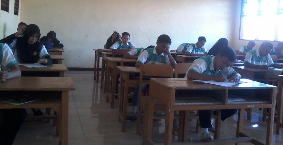 Ujian Sekolah di SMK NU HASYIM ASYARI TEGAL tepantau lancar