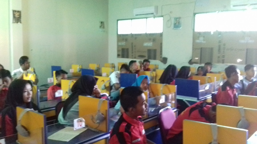 Tingkatkan Bahasa Inggris, LEC Gelar Lomba Spelling Bee