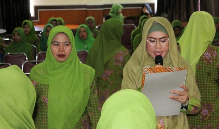 Puisi Sukmawati, Ketua Muslimat NU Sulsel Himbau Umat Islam Makassar