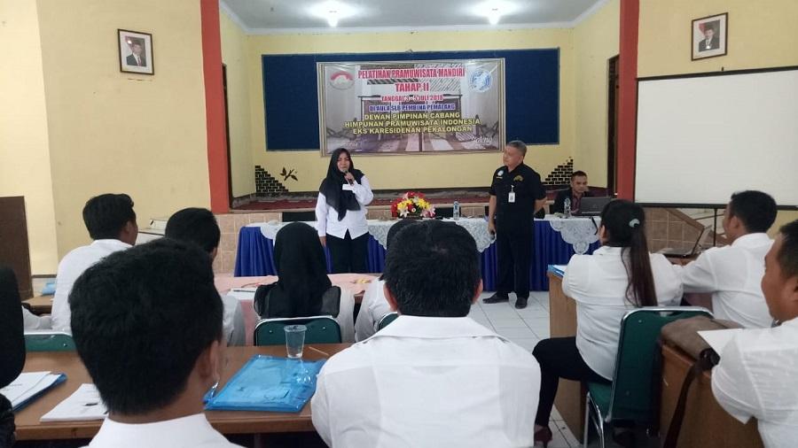 DPC HPI Eks Karasidenan Pekalongan Gelar Pelatihan Pramuwisata Mandiri