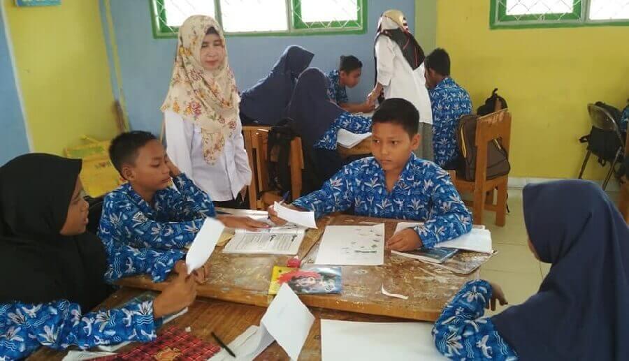 Fasilitator Daerah Program PINTAR Dampingi Sekolah di Tanjab Timur