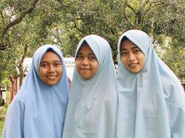 Tiga bersaudara siswi SPIDI Maros