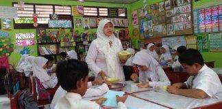 Penampakan kelas sesudah bedah kelas