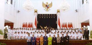 Anggota Paskibraka 2019 di Istana Negara