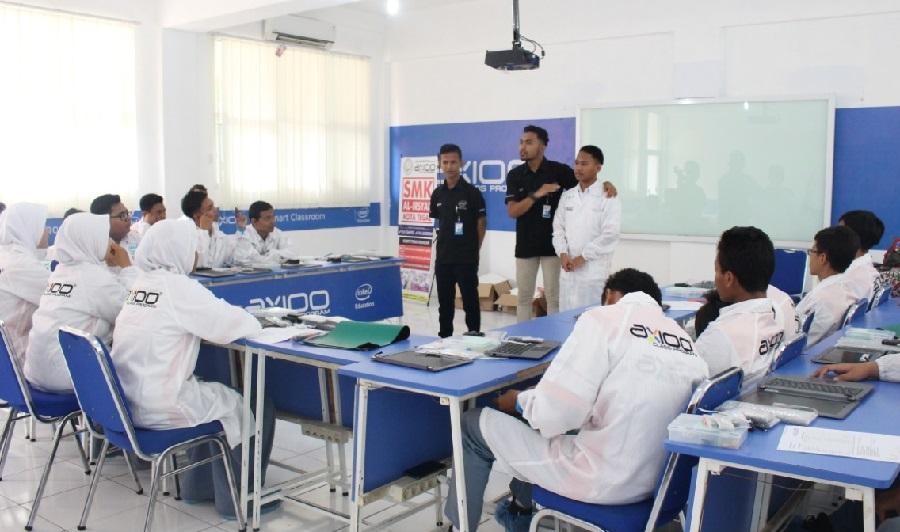 Axioo class